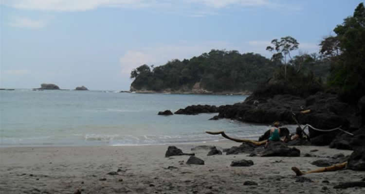 Manuel antonio urban beach tour