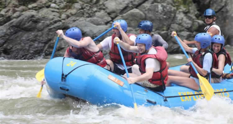 Urban extreme adventure La Fortuna Rafting San Jose