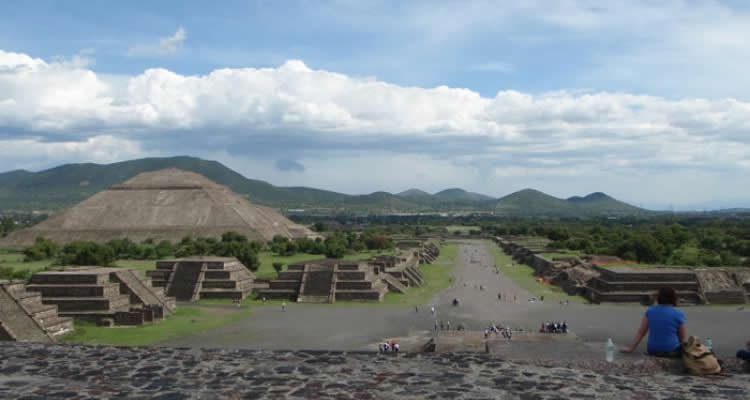 Hidden Teotihuacan - Family Dinner Tours